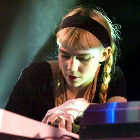 "Listen to Grimes' ""Bedtime Mix"""