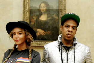 Beyoncé & JAY Z Take Private Tour of Le Louvre