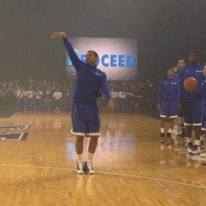 Drake Shoots Air Ball While Warming Up With Kentucky Wildcats