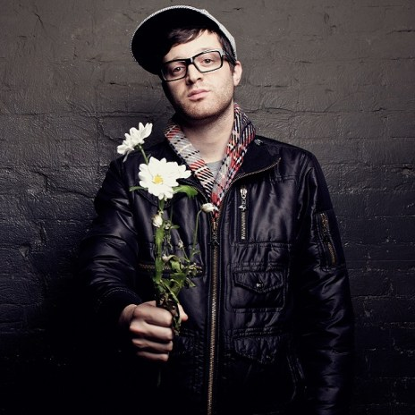"Mayer Hawthorne Covers Rihanna's ""Stay"""