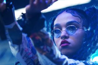 FKA twigs Honors Her Inspiring Story with Live Performance