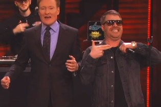"""Run The Jewels Perform """"Lie, Cheat, Steal"""" on 'Conan'"""