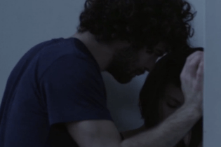 "Watch the Dark, Intimate Video for Honne's ""All In The Value"""