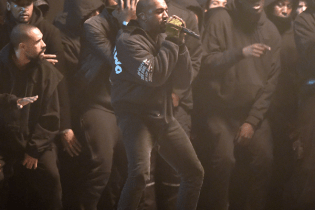 Behind the Scenes Footage of Kanye West at BRIT Awards 2015