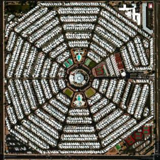 Modest Mouse - The Ground Walks, with Time In A Box