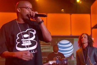 "Warren G and Kenny G perform ""Regulate"" on 'Jimmy Kimmel Live'"
