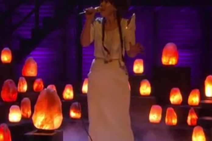 "Purity Ring Perform ""Bodyache"" Live on Conan"