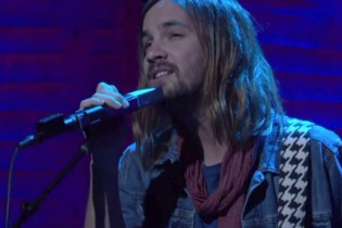 "Watch Tame Impala Perform ""Let It Happen"" Live on Conan"