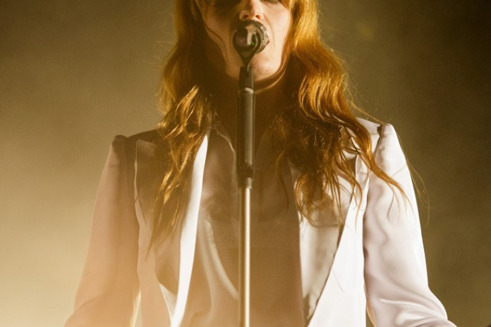 Florence Welch Breaks Her Foot at Coachella