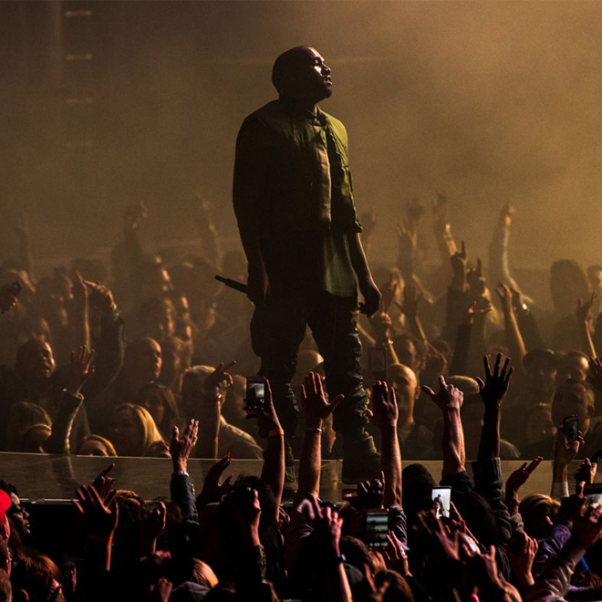 Kanye West is Still Headlining Glastonbury Festival 2015