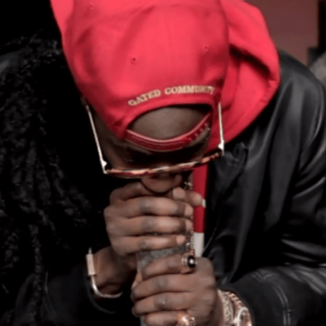 Here's 2 Chainz Smoking Out of a $10,000 Bong