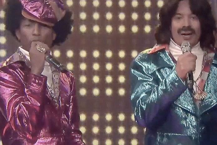Pharrell and Jimmy Fallon Perform As 'Afro & Deziak'