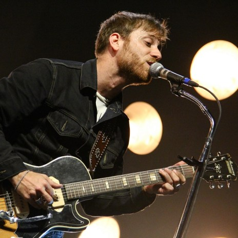 """The Black Keys' Dan Auerbach Announces """"Extra Weird"""" Solo Project, Plans """"Boxing-Related"""" Songs"""