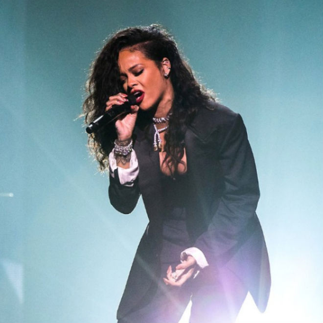 "Watch Rihanna Perform ""American Oxygen"" at March Madness Music Fest"