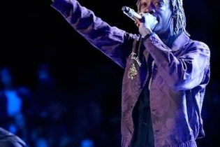"Wiz Khalifa Performs Paul Walker Tribute ""See You Again"" on 'The Voice'"