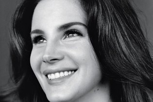 Lana Del Rey Shares Material off Forthcoming 'Honeymoon'