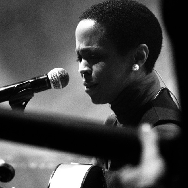 """Lauryn Hill Covers Nina Simone's """"Black Is the Color of My True Love's Hair"""""""