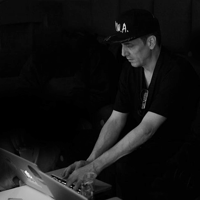 "Mike Dean Comments on Apple Music's ""Mastered for iTunes"" Guidelines"