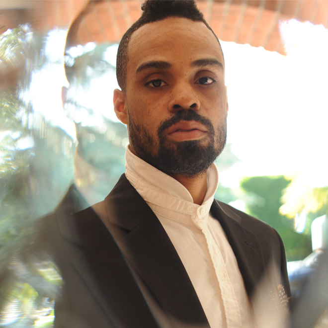 """Preview Bilal's """"Money Over Love"""" featuring Kendrick Lamar & Adrian Younge"""