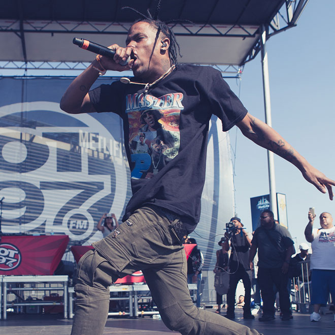 """Watch Travi$ Scott Perform """"3500"""" With 2 Chainz and """"Antidote"""""""