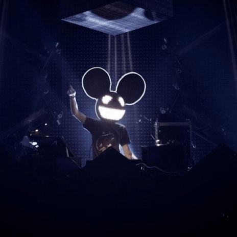Deadmau5 Goes at David Guetta For Using Live Horses at Ibiza Show