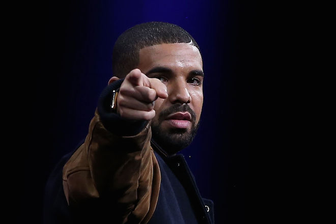 drake chose sides he will premiere energy video with apple music