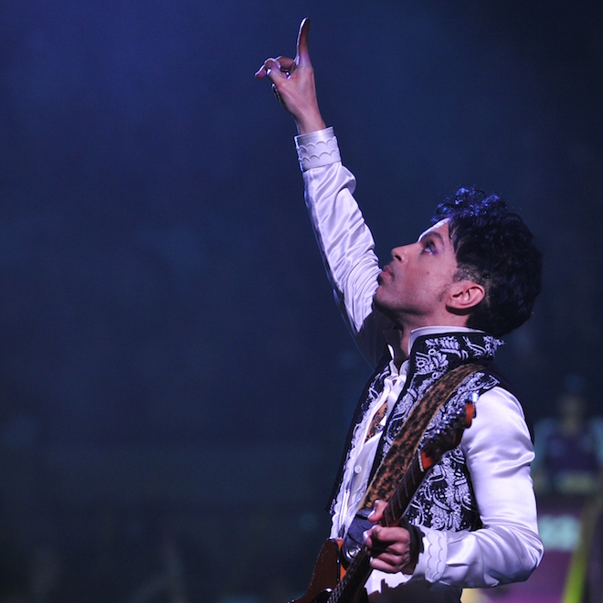 """Prince Announces He'll Drop a """"Super Funky"""" Album In The Next Five Months"""