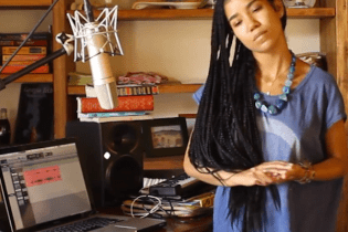 "Watch Jhené Aiko Cover Bill Wither's ""Ain't No Sunshine"""