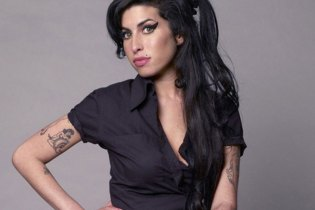 Demos to Amy Winehouse's Third Studio Album Destroyed