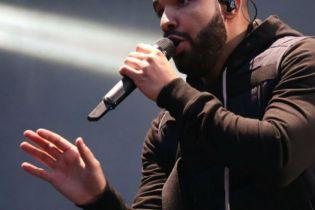 Drake Releases Three New Songs Via OVO Sound Radio