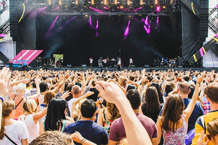 Live Stream the Wireless Festival 2015 Performances