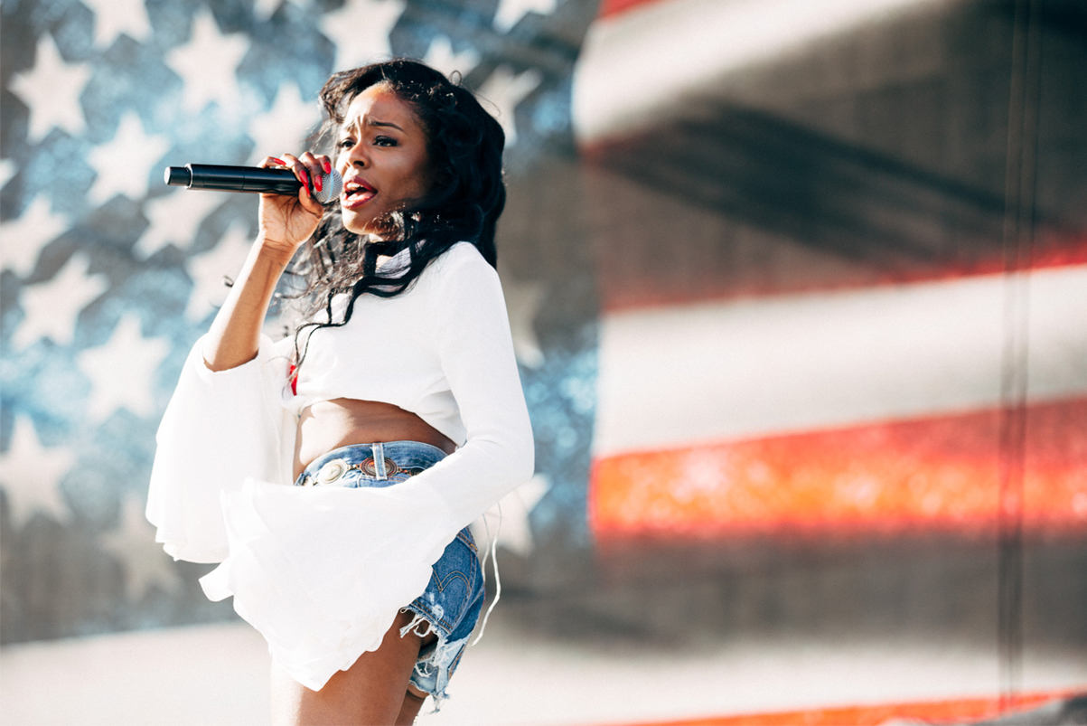 azealia banks cant release new music until march 2016