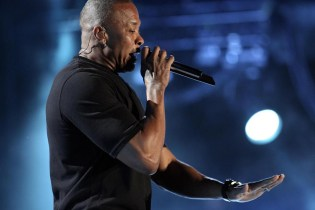 Dr. Dre's 'Compton' Debuts at No. 2 on Billboard