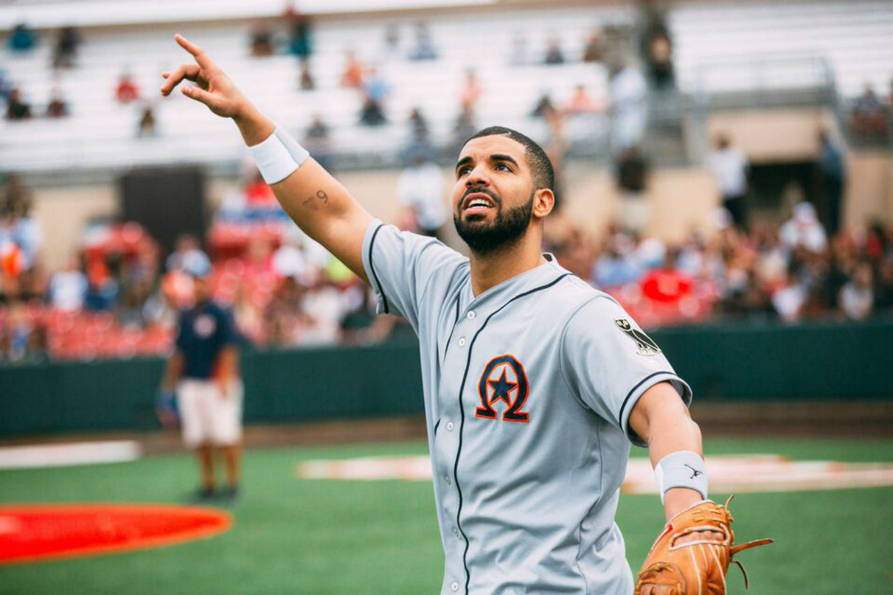 """Drake Played Kickball Against LeBron James, Says He """"Hasn't Taken A Loss All Week"""""""