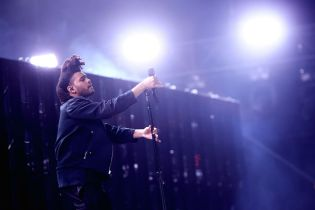 Here Are The Expected First-Week Sales Numbers for The Weeknd's 'Beauty Behind the Madness'