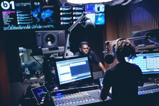 Jaden Smith & Flying Lotus Talk Potential Collaboration on Beats 1