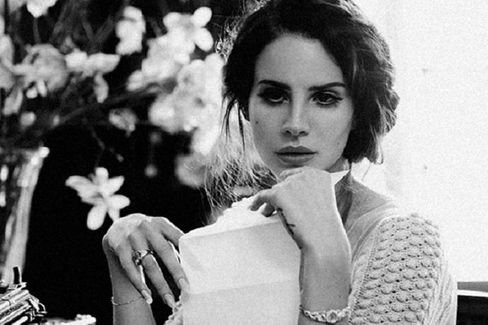 Lana Del Rey Unveils 'Honeymoon' Release Date