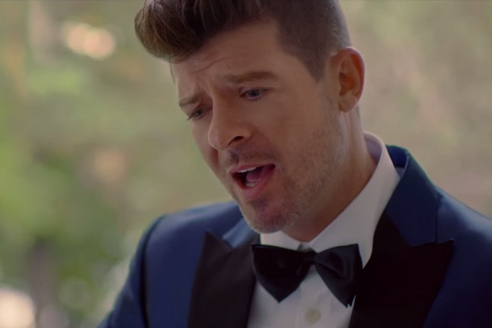 Robin Thicke featuring Nicki Minaj - Back Together