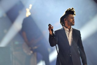 "The Weeknd Lands First No. 1 Record With ""Can't Feel My Face"""