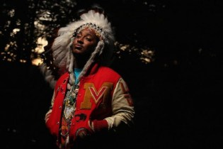 "Thundercat Performs ""Them Changes"" on 'Why? with Hannibal Buress'"