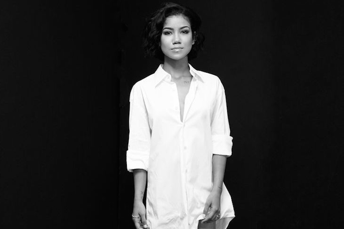 "Jhene Aiko Shares New Single, ""In a World of My Own / Very Good Advice"""