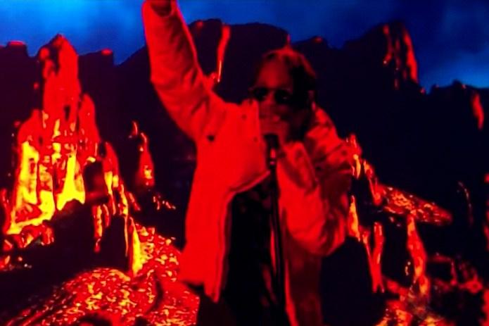 "Travi$ Scott Performs ""Antidote"" On 'Jimmy Kimmel Live!'"