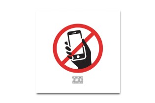 Wiz Khalifa featuring Snoop Dogg - No Social Media