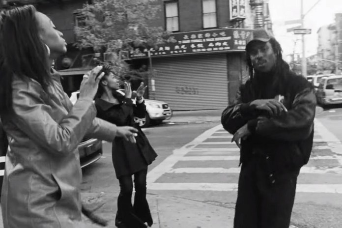 "Blood Orange Unveils New Single and Video ""Sandra's Smile"""