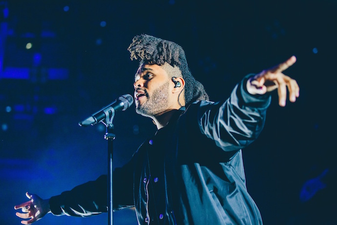 watch the weeknds live performance from the apple music festival