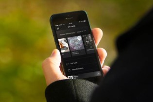 Music Streaming Is Now a Billion Dollar Industry