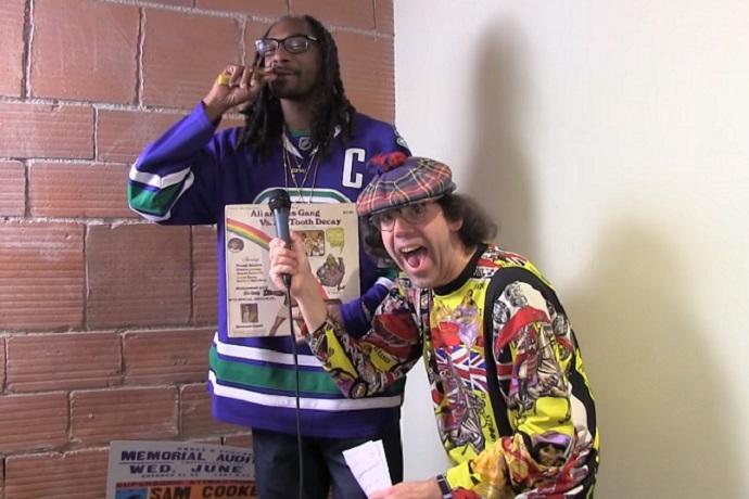 Nardwuar vs. Snoop Dogg (2015)