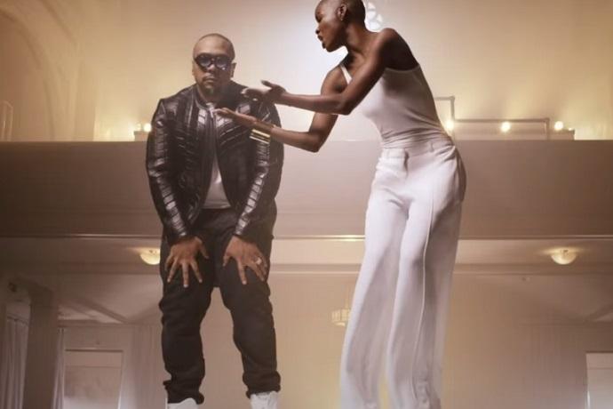 Timbaland featuring V. Bozeman - Smile