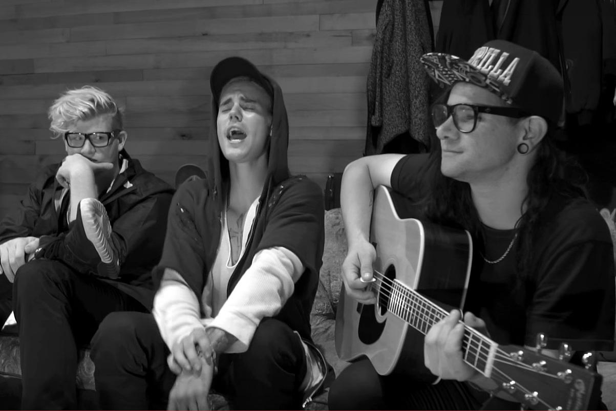 "Watch Justin Bieber & Skrillex Perform Acoustic Version of ""Sorry"""