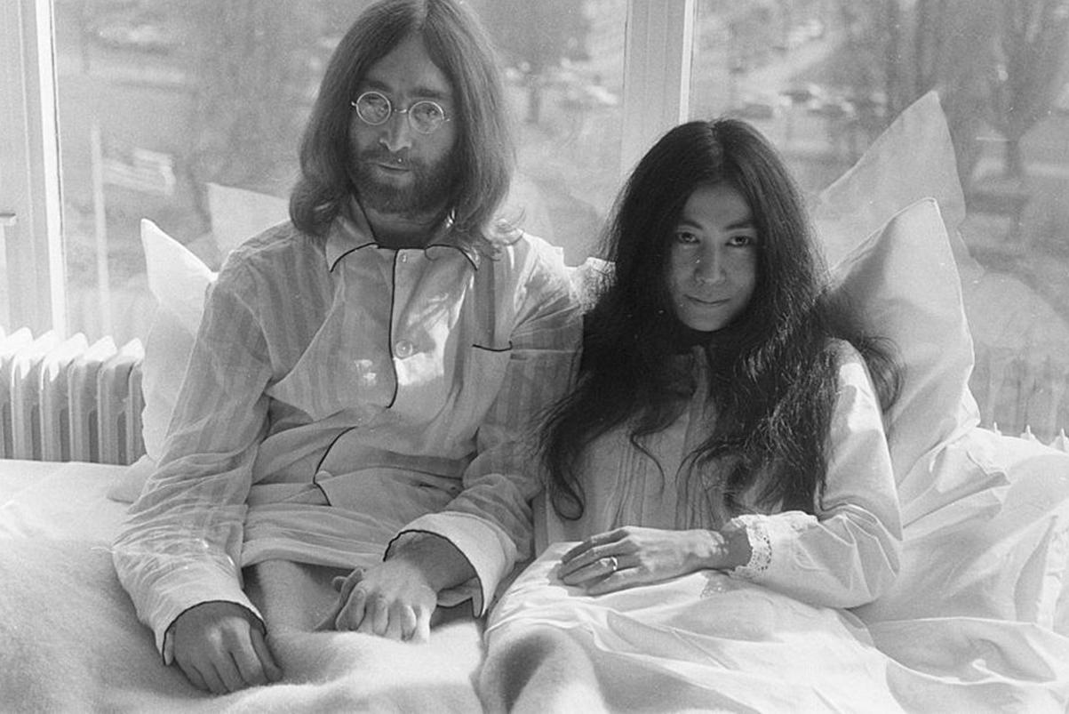 Yoko Ono Sets up Giant Human Peace Sign for John Lennon's 75th Birthday